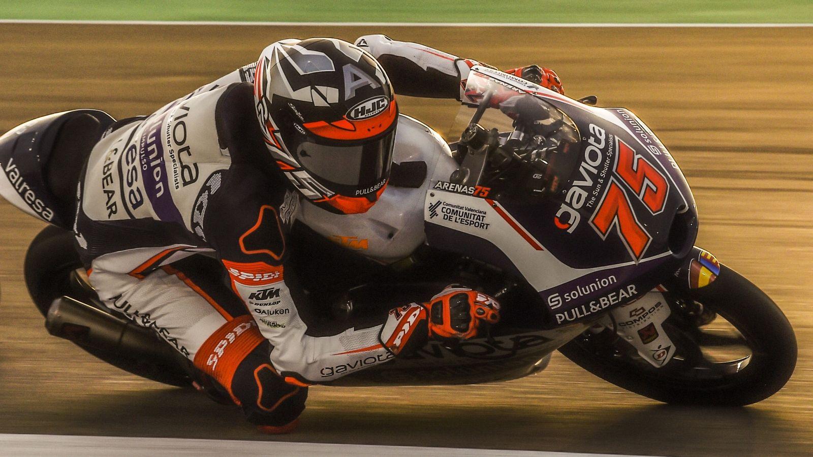 Albert Arenas se impone con maestría en Qatar y es el primer líder de Moto3  2020