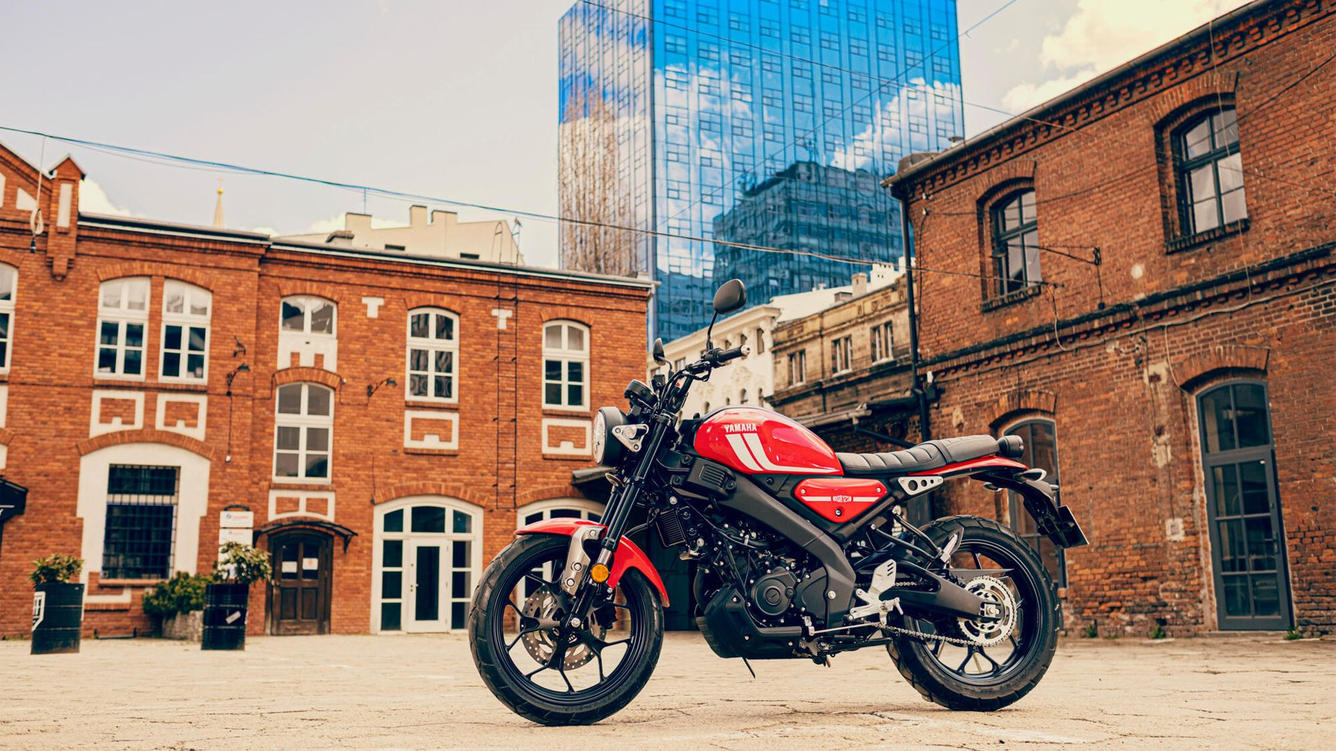 Yamaha XSR125 2021 01B