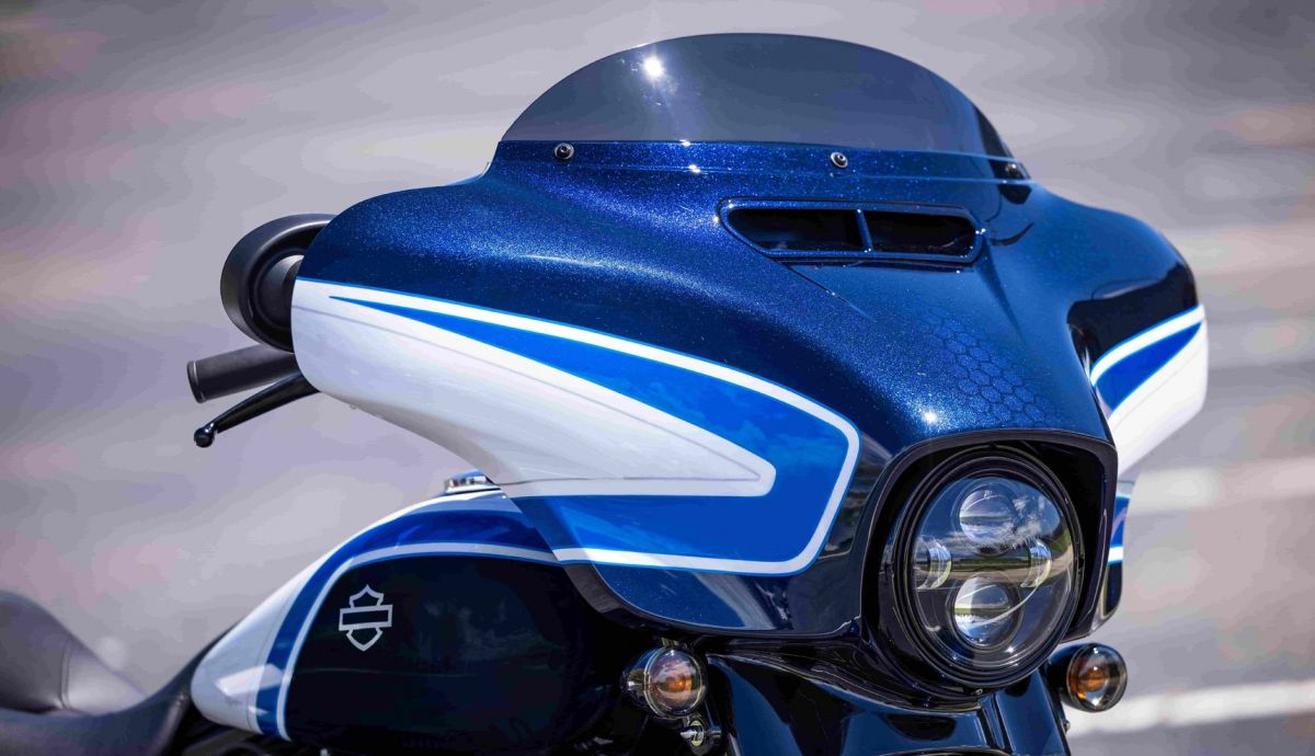 Harley Davidson Street Glide Special Artic Blast 04