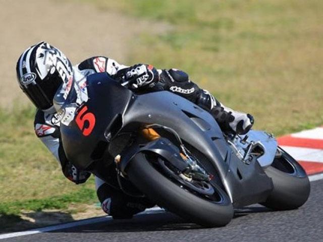 Honda entrena con la MotoGP 1000 de cara a 2012
