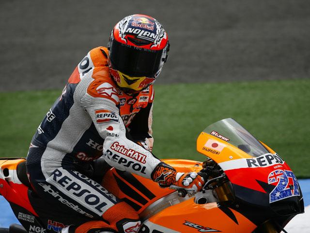 Stoner, el más rápido en los primeros libres de MotoGP