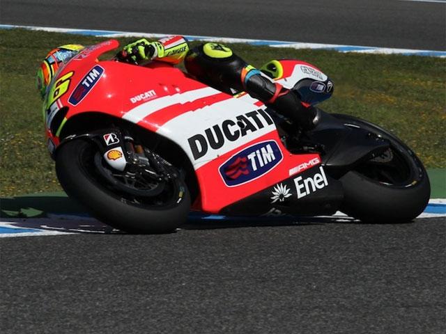 Valentino Rossi rueda en Mugello con la GP12 1000