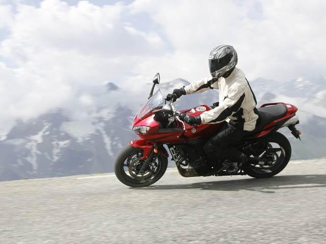 Yamaha FZ6 Fazer S2