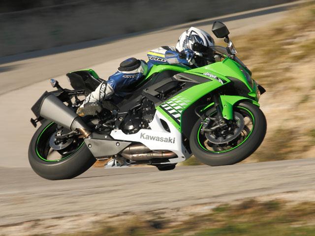 Kawasaki ZX-10R 2010. Ligeras novedades y más verde que nunca