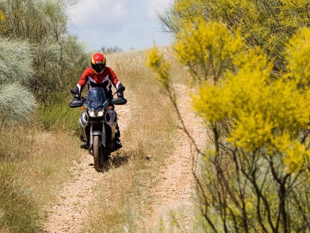 Yamaha xt1200z super t n r carretera for Tenere sinonimo