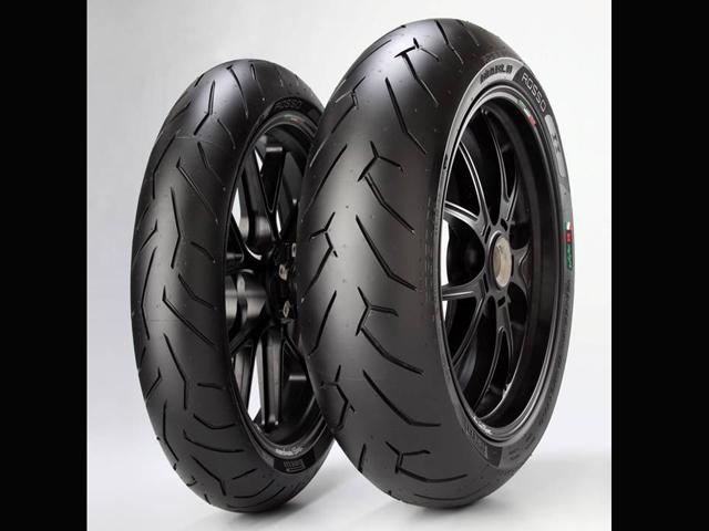 Pirelli llevó a sus clientes al Mundial de Superbike en Motorland