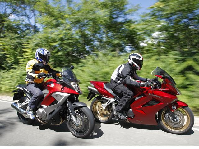 Comparativa Honda V4 800 Crossrunner y Honda V4 800 VFR