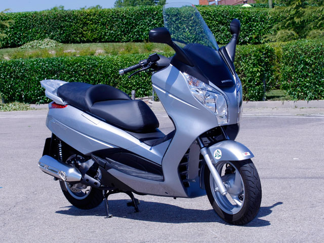 honda s wing 125 abs scooter. Black Bedroom Furniture Sets. Home Design Ideas