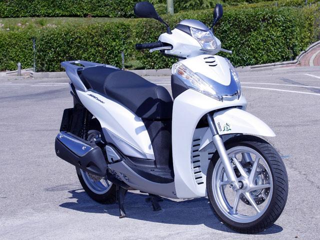 Honda SH300i Scoopy ABS