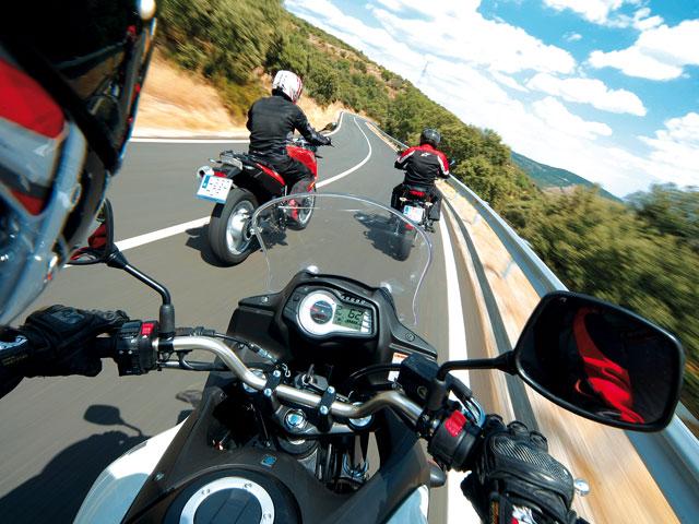 Comparativa trail: BMW, Suzuki y Kawasaki