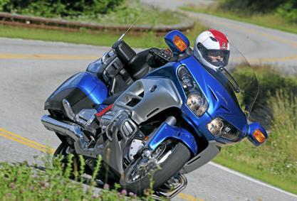 Axa nueva proveedora de seguros de Montesa-Honda