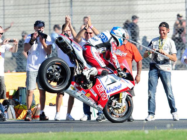 Carlos Checa gana el Mundial de Superbike