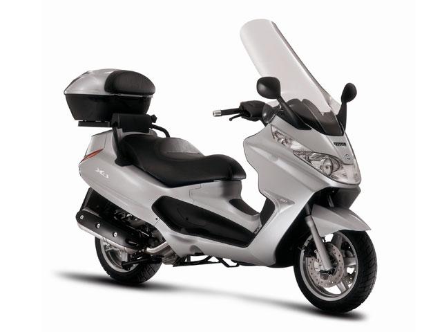 Piaggio X8 y X9, por 35 euros al mes