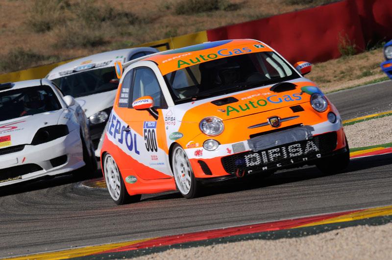 Toni Bou termina los 500 km de Alcañiz con un coche propulsado por gas