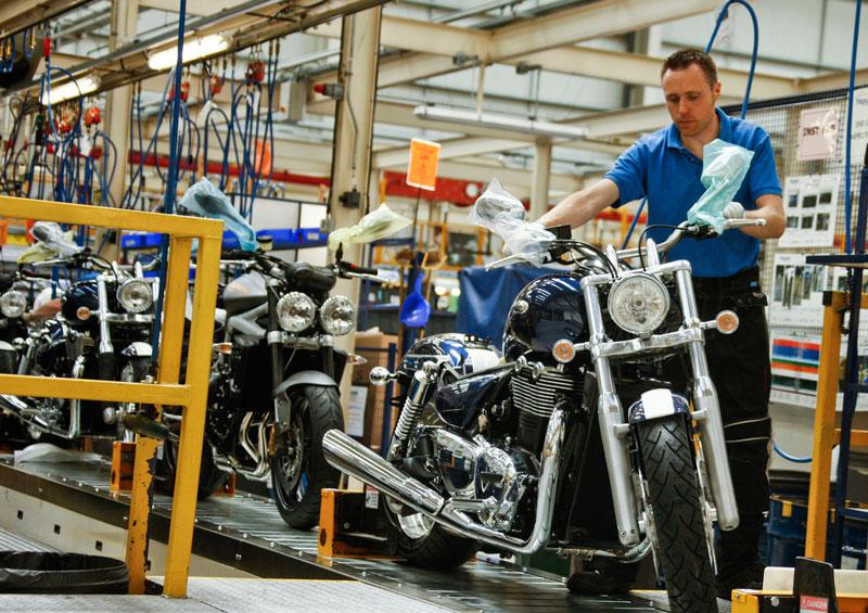 Triumph Motorcycle anuncia sus resultados económicos 2011