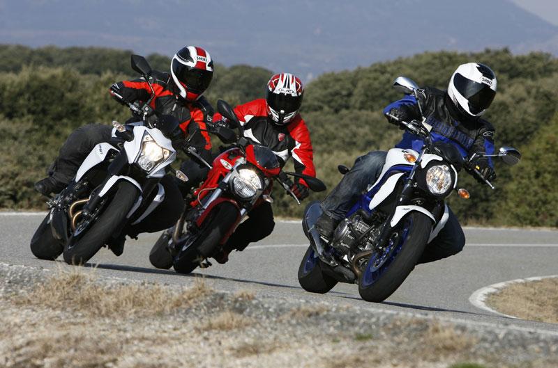 Comparativa Naked: Ducati Monster 696, Kawasaki ER-6n y Suzuki Gladius 650