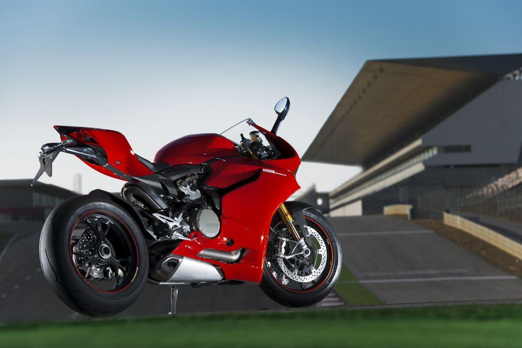 Ducati presenta su tarifa de precios para 2012