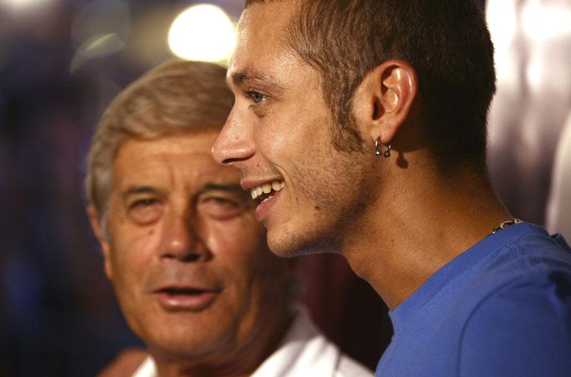 Giacomo Agostini: Valentino lo tiene complicado