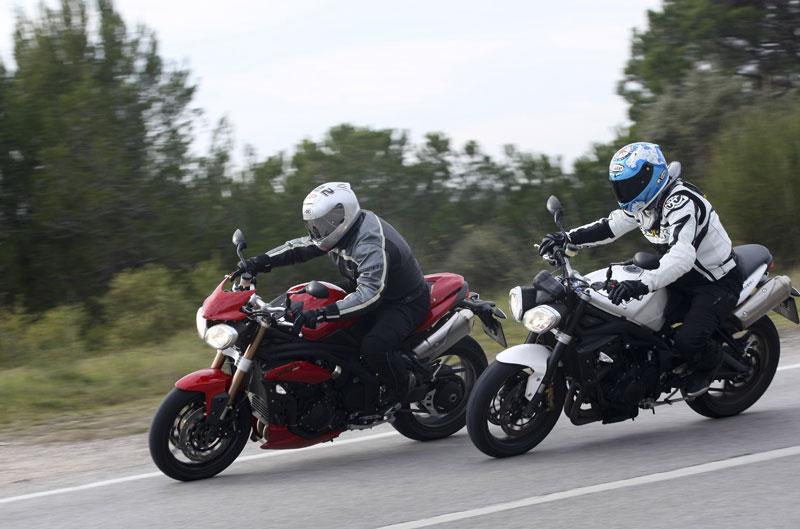Triumph tricilíndricas y el Wrooom 2012