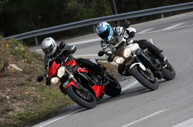 Comparativa Naked: Triumph Street Triple R y Triumph Speed Triple ABS