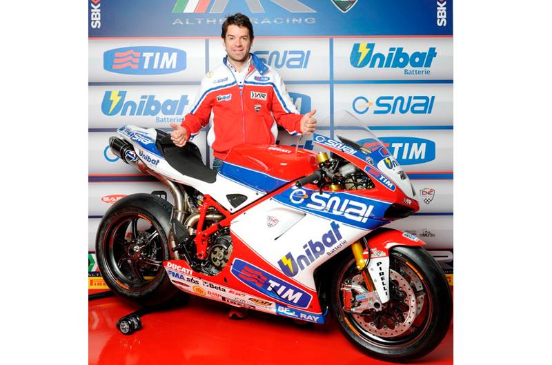 Presentado el Althea Racing de Carlos Checa