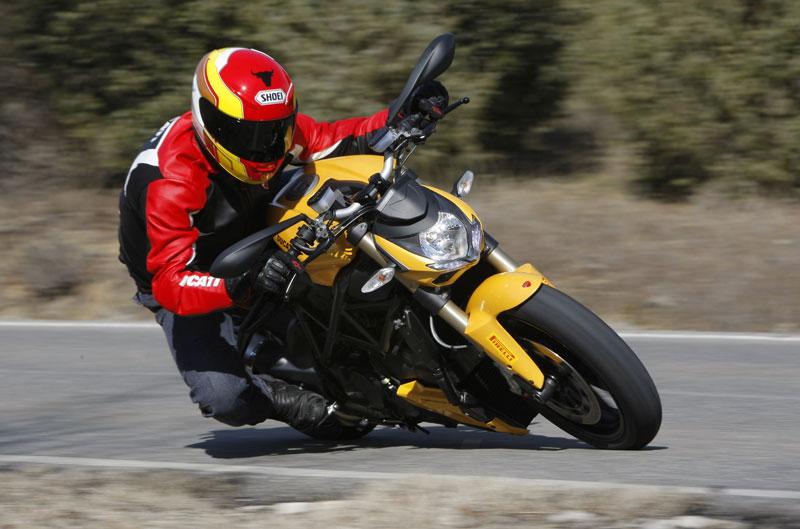 Ducati Streetfighter 848 y los entrenamientos de MotoGP en Sepang
