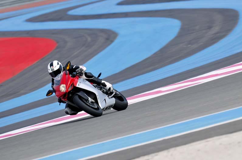 Presentación de la MV Agusta F3 en Paul Ricard