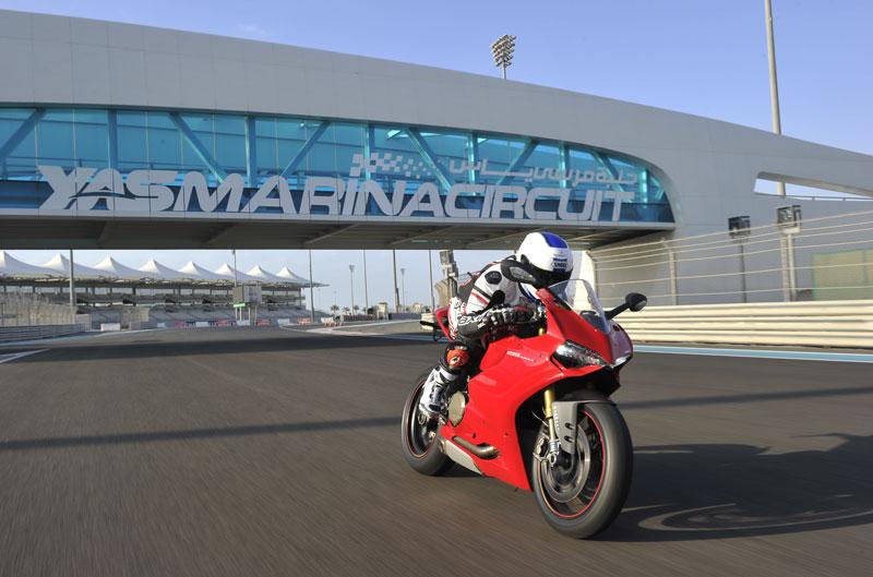 Ducati 1199 Panigale S. Prueba en Abu Dhabi