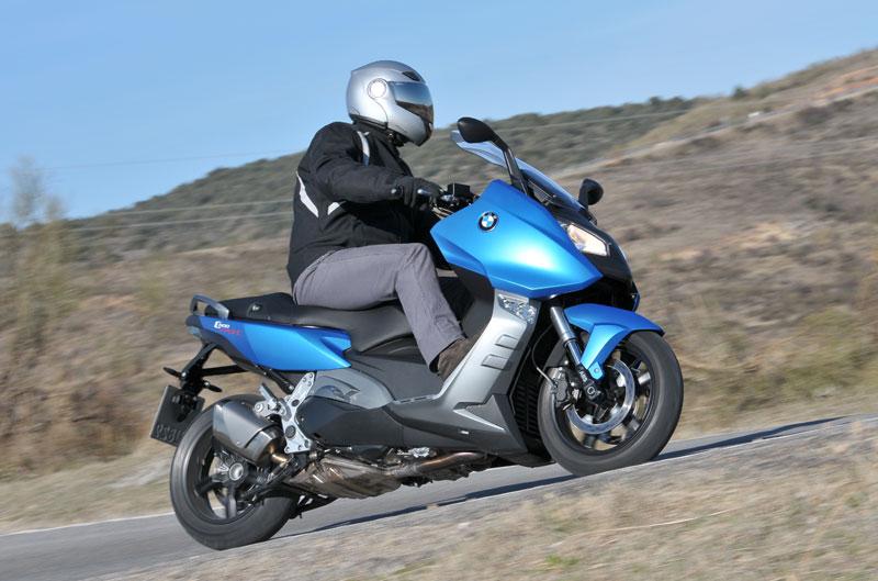 Encuesta de la semana: ¿Moto o scooter?