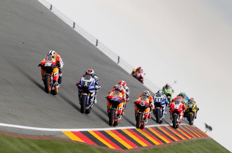 """La campaña solidaria """"Cada KM Cuenta"""" en Jerez con los pilotos de MotoGP"""
