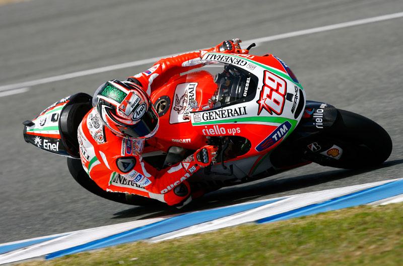 Hayden el más rápido el segundo día en Jerez, con permiso de Pedrosa...