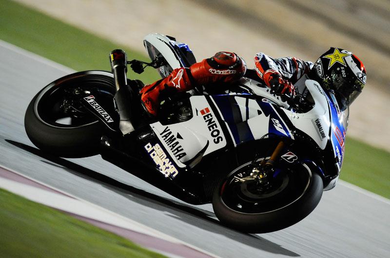 Lorenzo se impone a Stoner en los terceros entrenamientos libres en Qatar