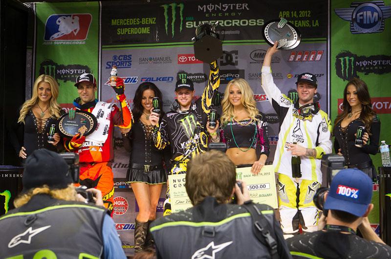 Villopoto consigue su 9ª victoria en el Supercross USA