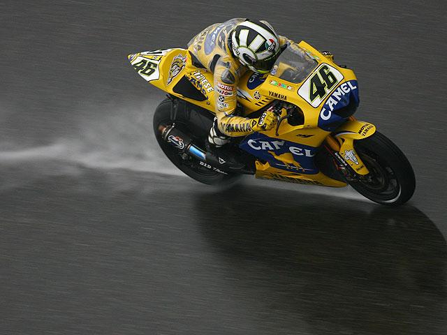 Rossi, West y Kallio dominan en Shanghai