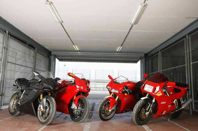 """Evolución de los """"Desmoquattro"""" de Ducati"""