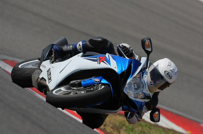 Consultorio Motociclismo Bridgestone