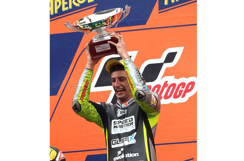 Primera victoria de la temporada para Iannone