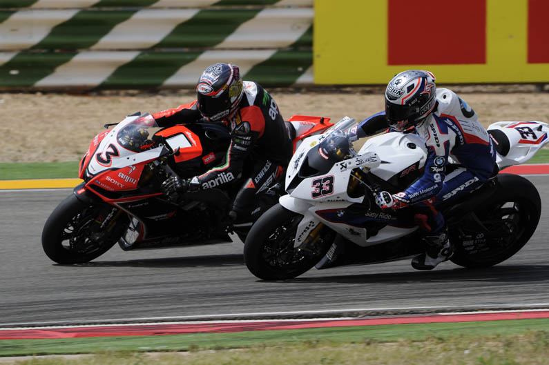 Max Biaggi y Marco Melandri ganan en Motorland