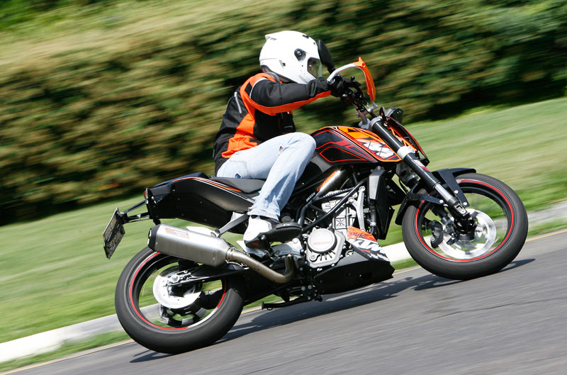 Probamos la KTM 125 Duke Power