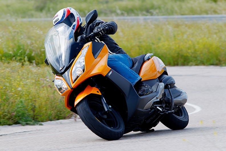 Qué moto comprar: Scooter 250/300 2012