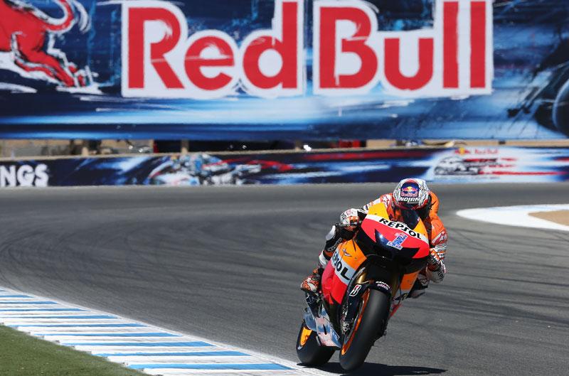Casey Stoner se impone a Jorge Lorenzo y Dani Pedrosa en el Gran Premio de Estados Unidos de MotoGP