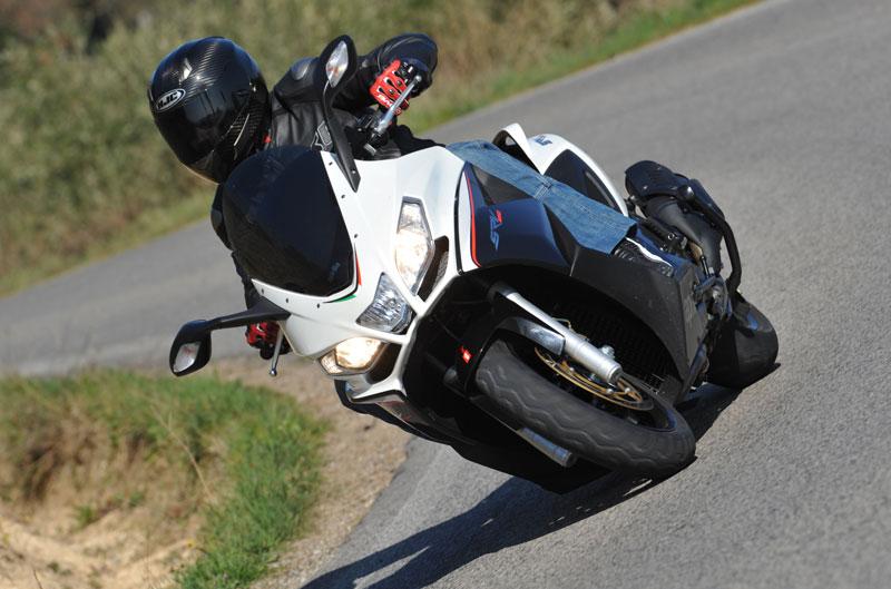 Qué moto comprar: Scooter + 400