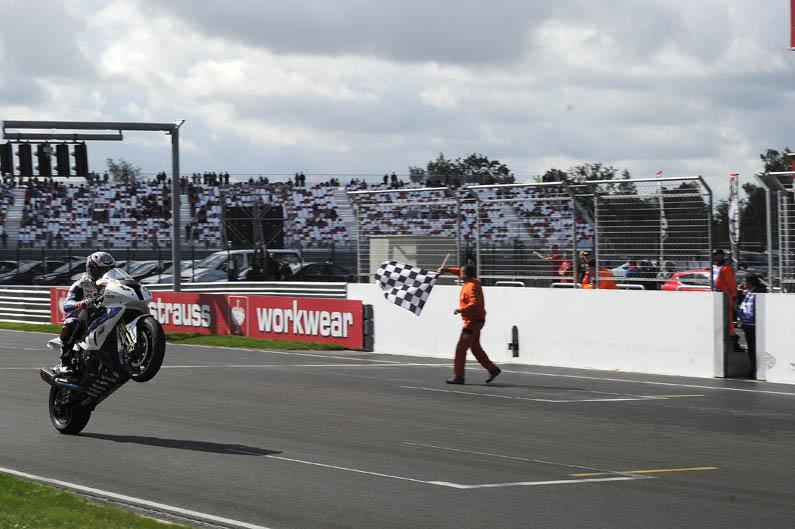 Marco Melandri, nuevo líder del Mundial de Superbike