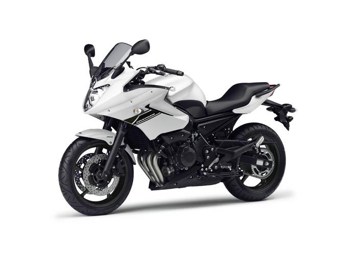 Nueva Yamaha Diversion XJ6 2013