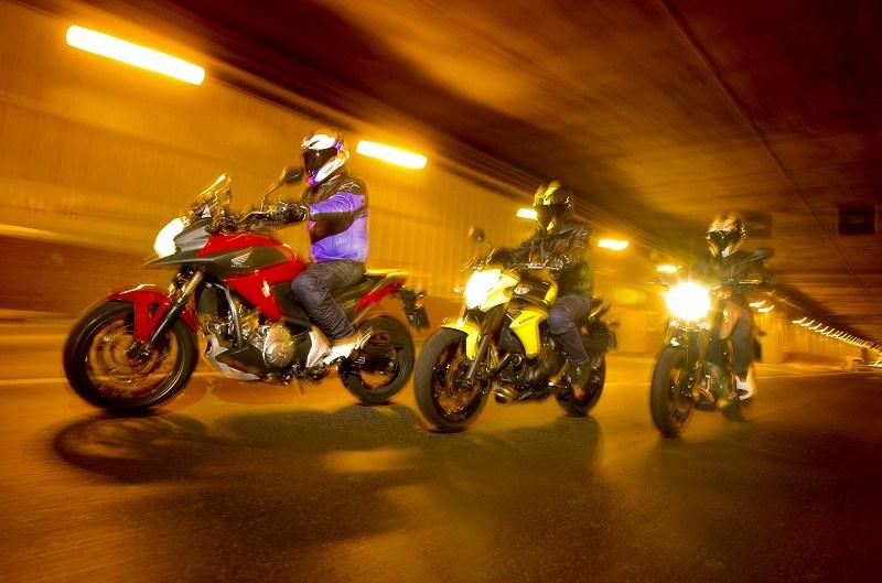 Supermatch ciudadanas: Honda, Kawasaki y KTM
