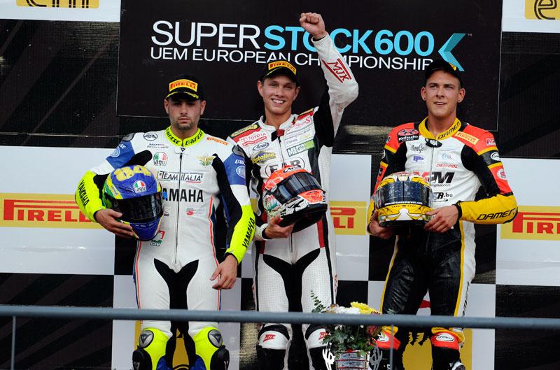 Superstock se decidirá en Magny-Cours