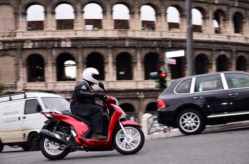 Primera prueba del nuevo Honda Scoopy 125