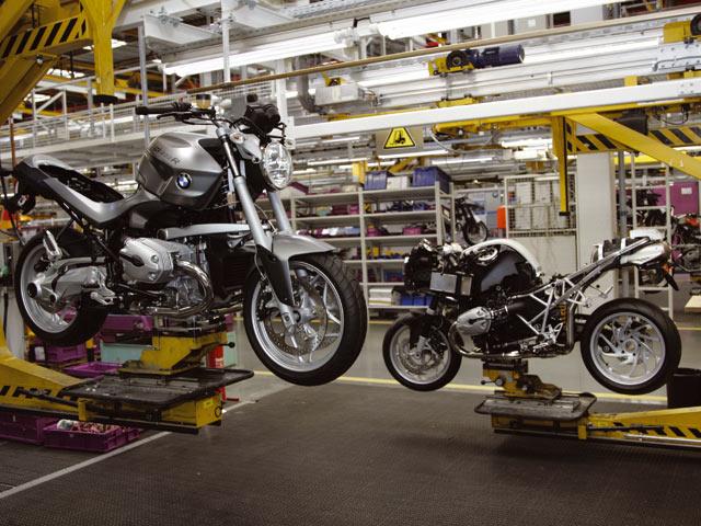 BMW y Piaggio aumentan beneficios