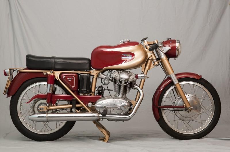Classic Club: Ducati Elite 200 1960