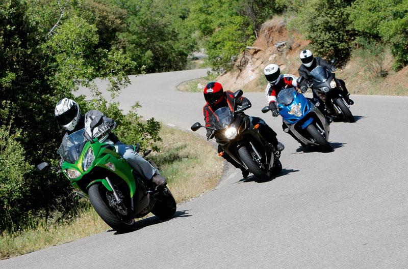 Comparativa Sport Turismo Medias: Honda, Kawasaki, Suzuki y Yamaha